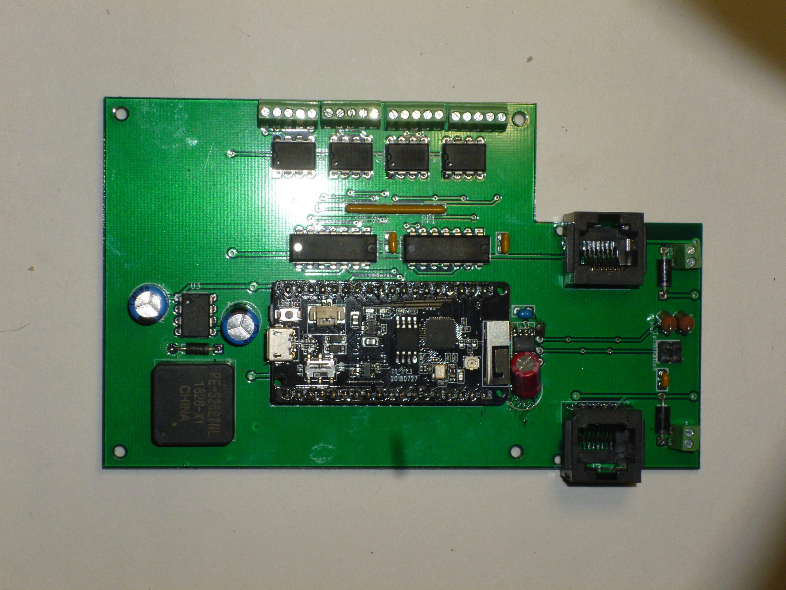 ESP32 Base Board
